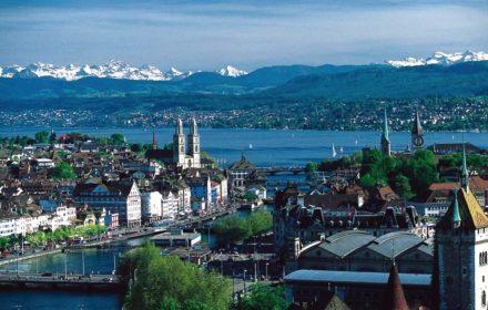 Zürich old town and Zürichsee